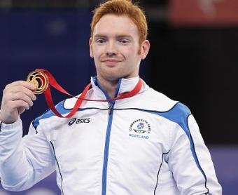 COMMONWEALTH GOLD FOR PURVIS ON PARALLEL BARS